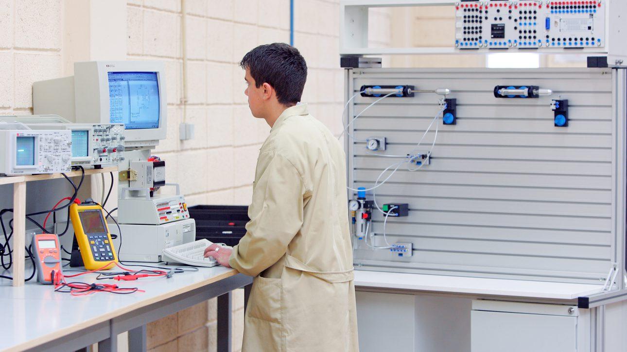 Training workshop (Industrial Man
